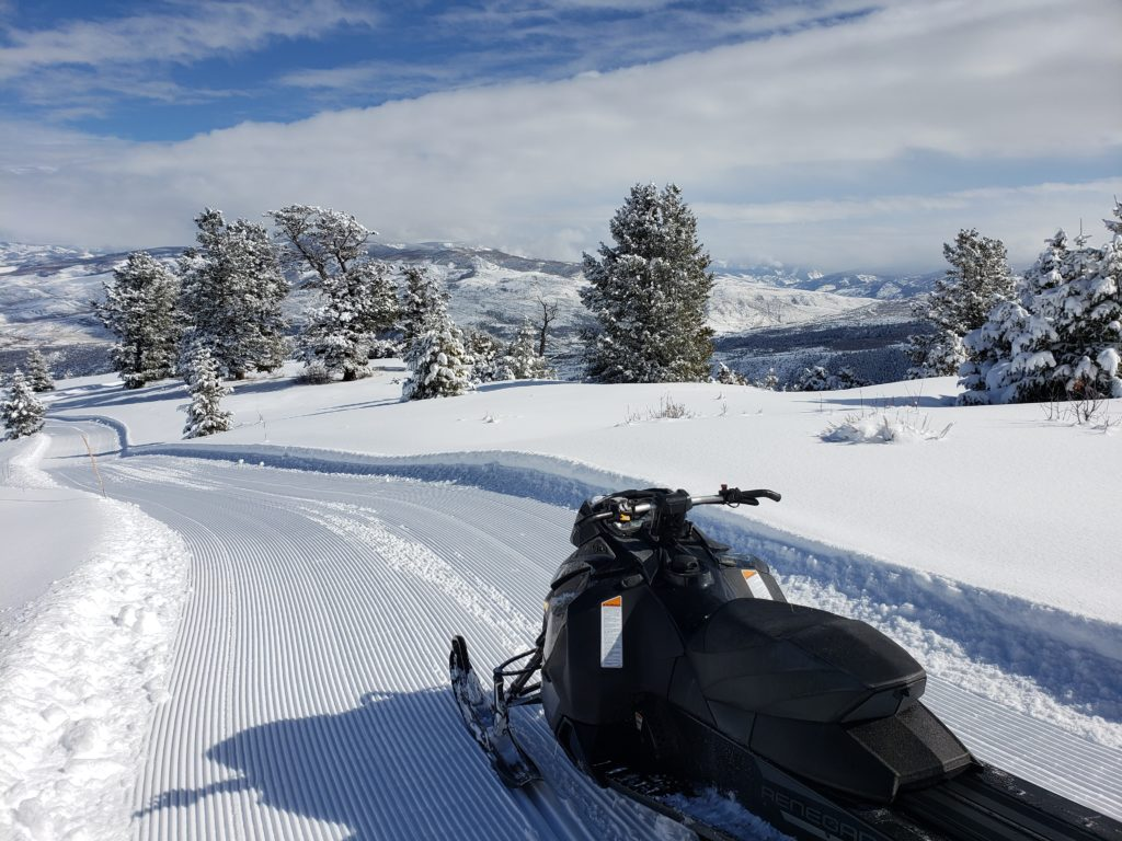 Dress Warm while Snowmobiling in Colorado